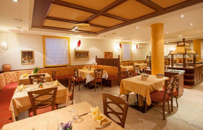 comfort-hotel-erica-salorno-sala-da-pranzo-ristorante